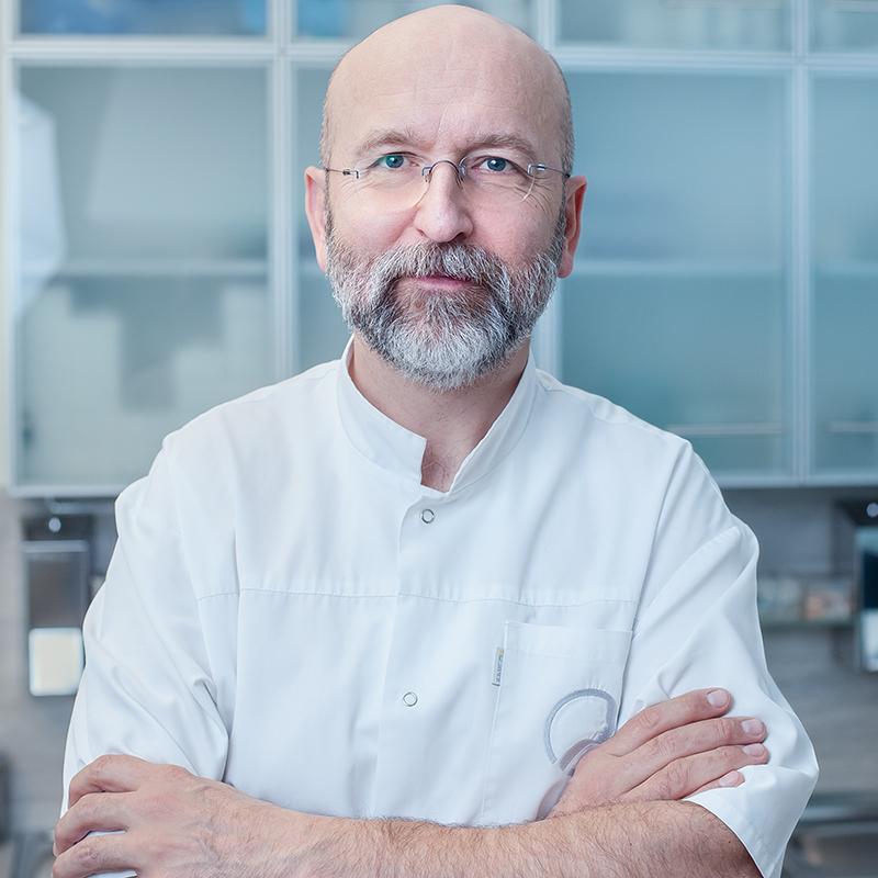 dr Waldemar Jankowiak LEKARZ MEDYCYNY ESTETYCZNEJ UIME, SPECJALISTA CHIRURG